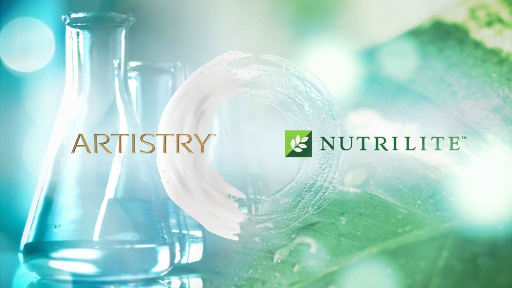 Truvivity background with Artistry and Nutrilite logos