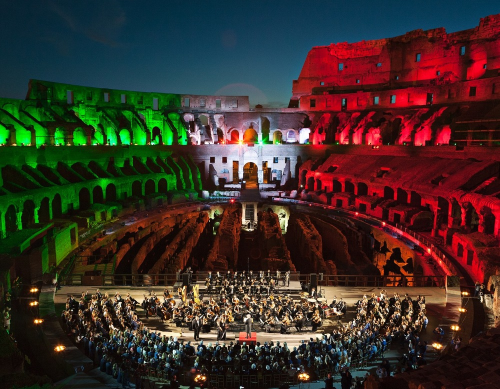 Colosseum_-with_Orchestra1 (1280x996).jpg