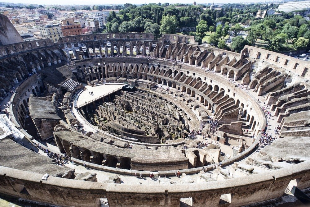 01_Tod-s_For_Colosseum_view_01 (1280x853).jpg