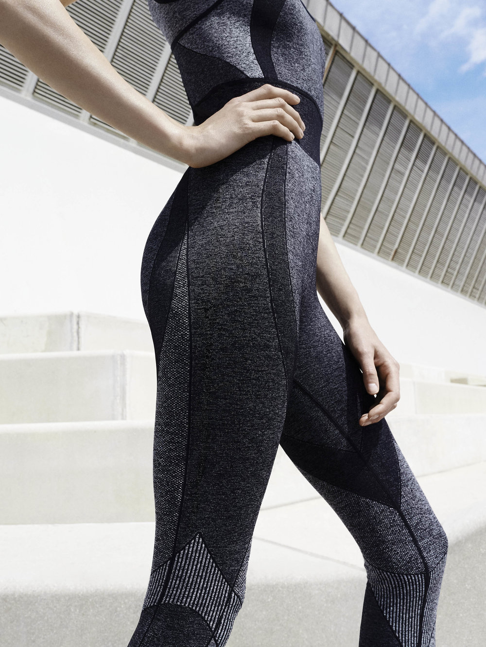 Oysho gymwear Digital Future (23).jpg