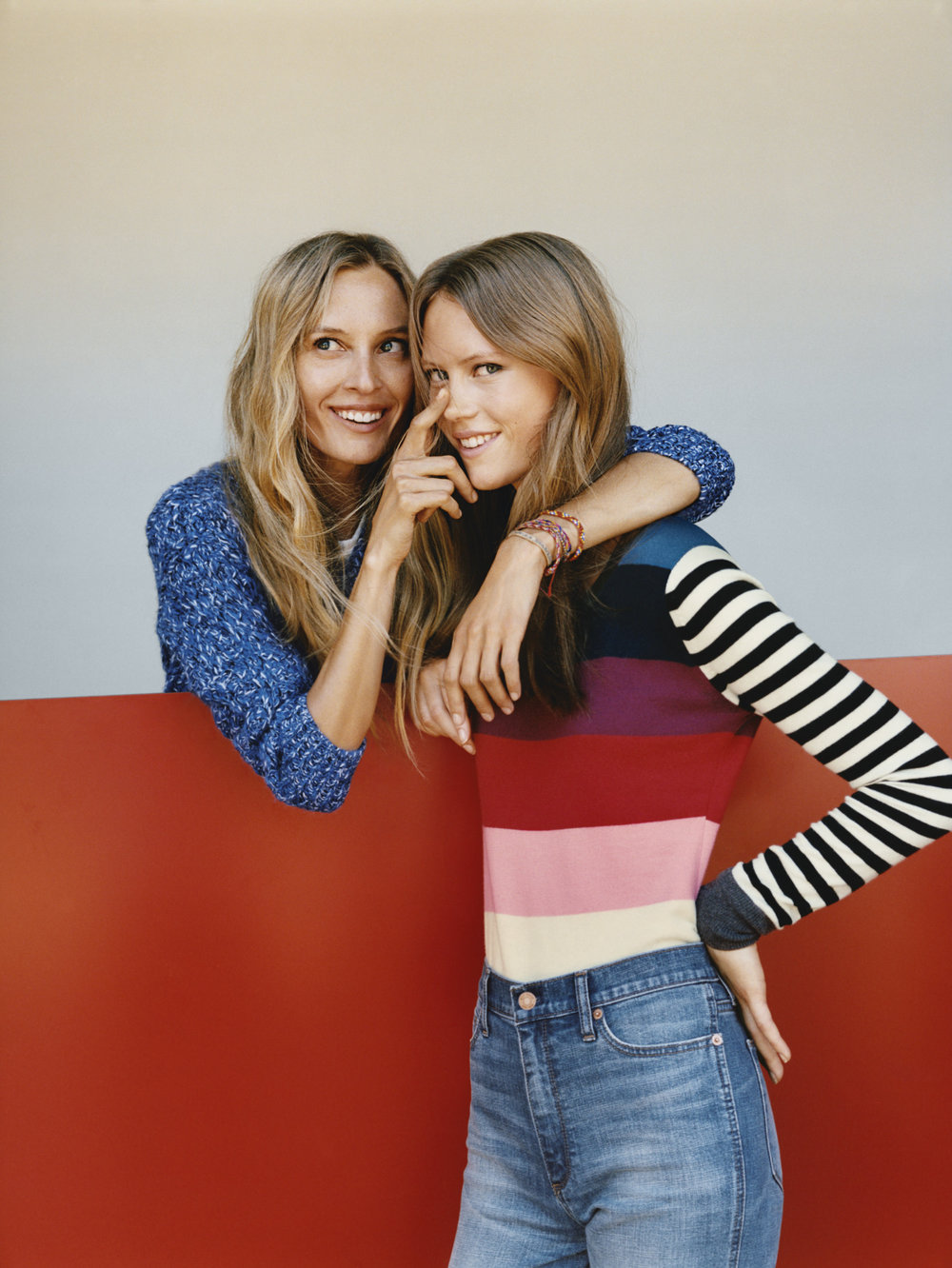 GAP HOLIDAY 2016 COLLECTION_WOMEN_1.jpg
