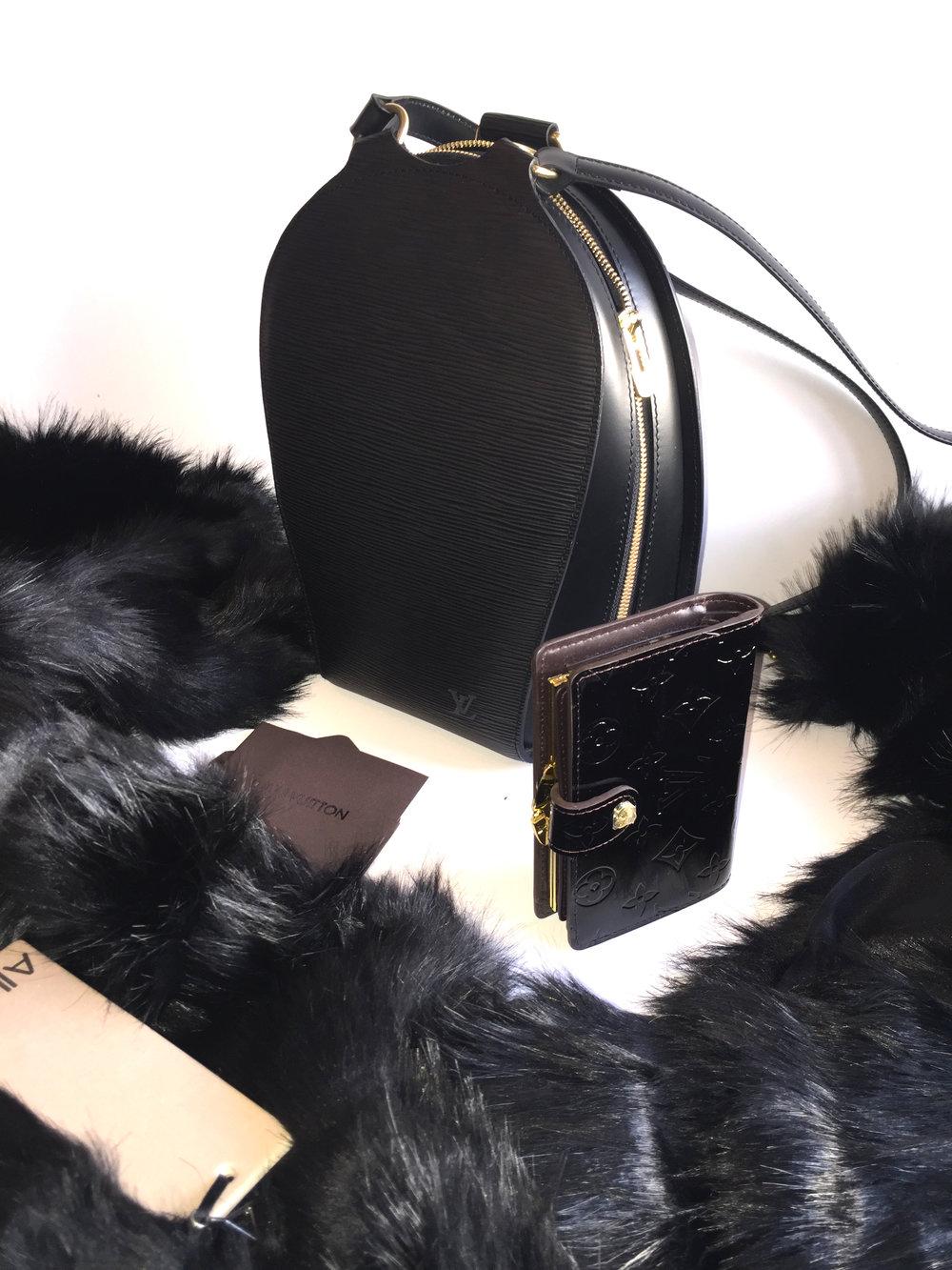 LV bag & wallet & Allure gounaki.jpg