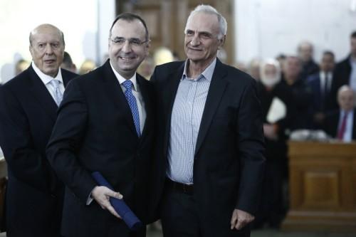 Ο κοινοβουλευτικός συντάκτης Αντώνης Αντωνόπουλος βραβεύθηκε από το  Ίδρυμα Μπότση 2.jpg