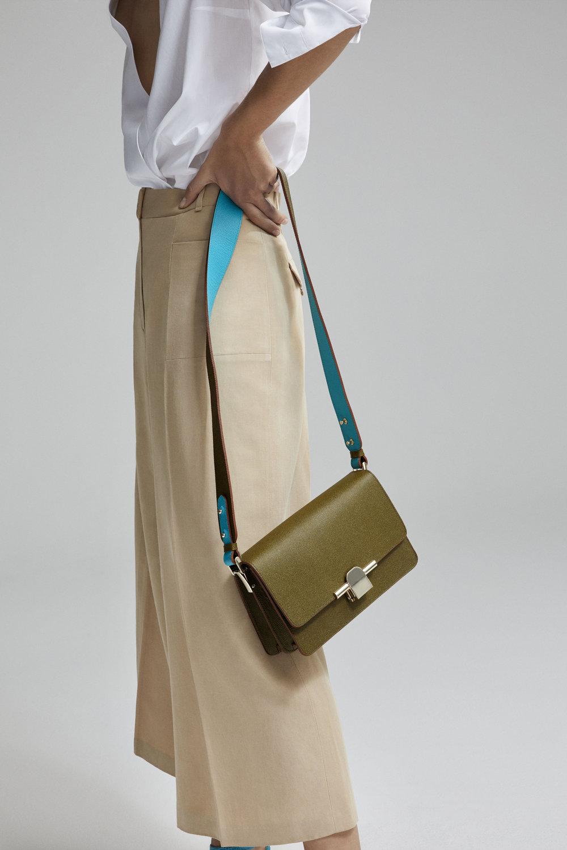 Massimo Dutti_The Iconic Bag (6).jpg