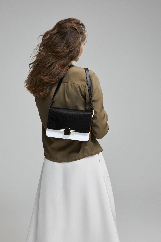 Massimo Dutti_The Iconic Bag (7).jpg