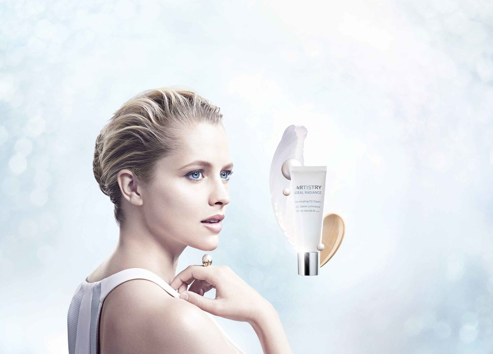 Illuminating CC Cream - model shot