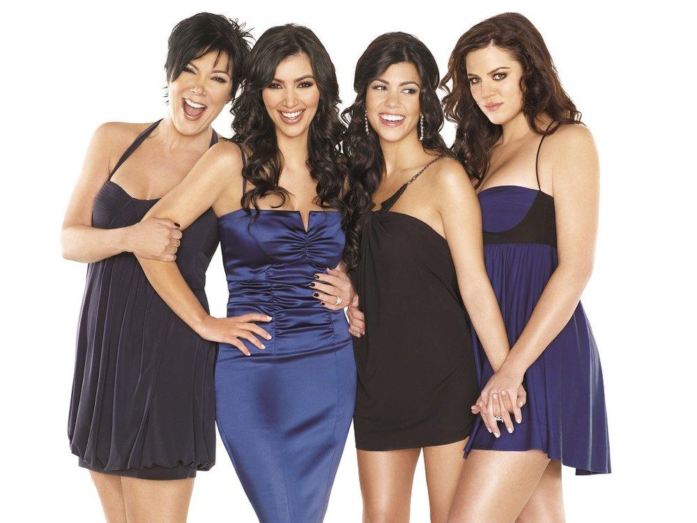 Kardashians standing#286458.jpg