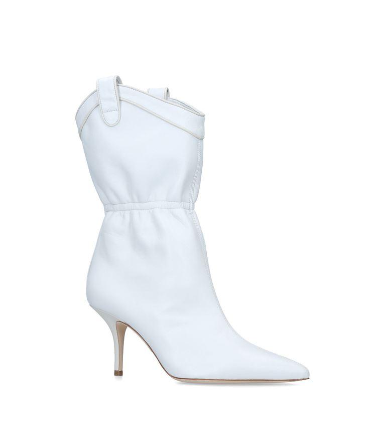 leather-daisy-boots-70_000000006173219008.jpg