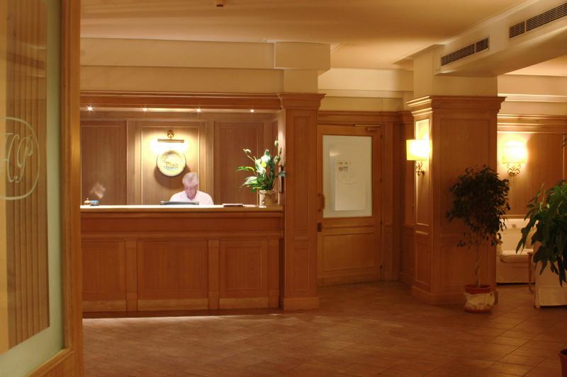 Hotel 4.jpg