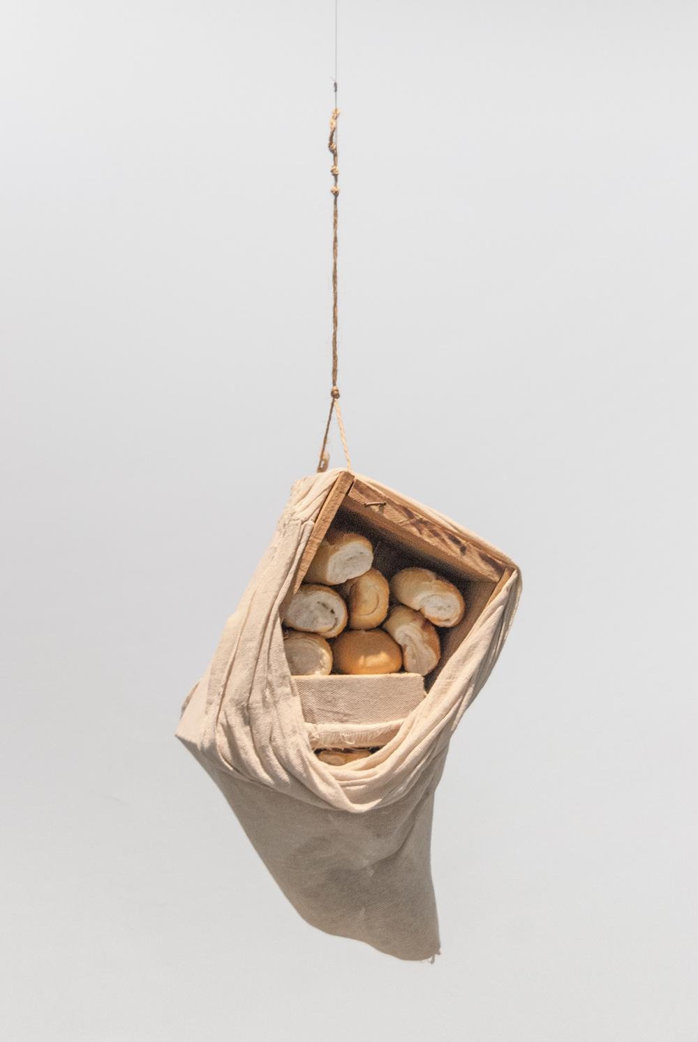 Caixa de pães - ARTUR BARRIO