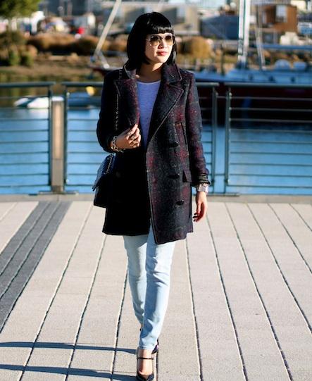 Zara coat, Club Monaco tee, Gap jeans, Ray-Ban sunglasses, Via Spiga shoes
