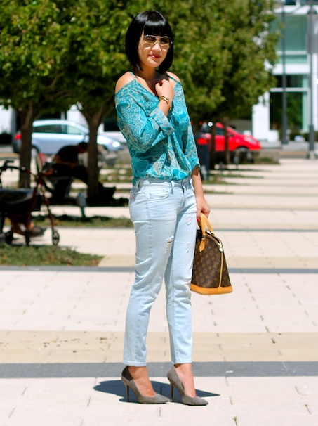 Forever 21 top, Siwy jeans, Giuseppe Zanotti heels c/o DSW, Louis Vuitton bag, Ray-Ban sunglasses