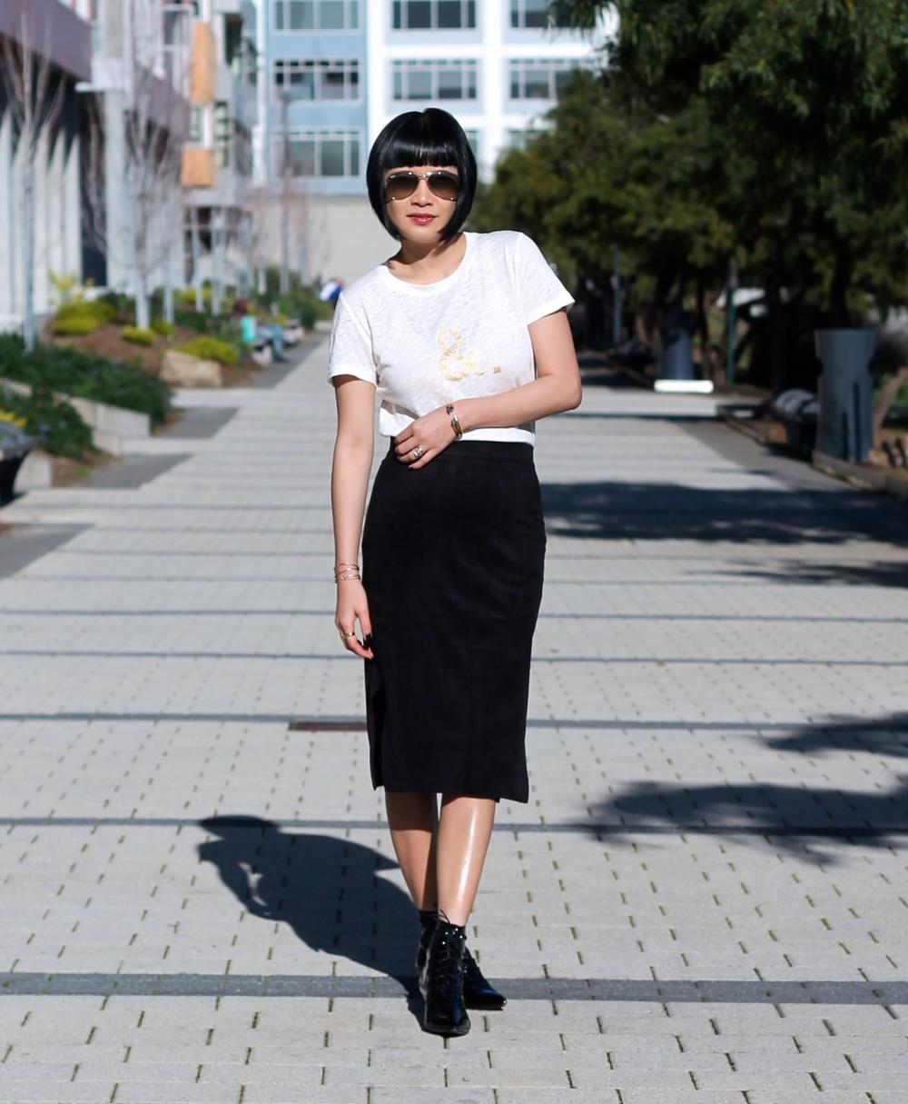 Madewell tshirt, Aritzia skirt, Saint Laurent booties, Ray-Ban sunglasses