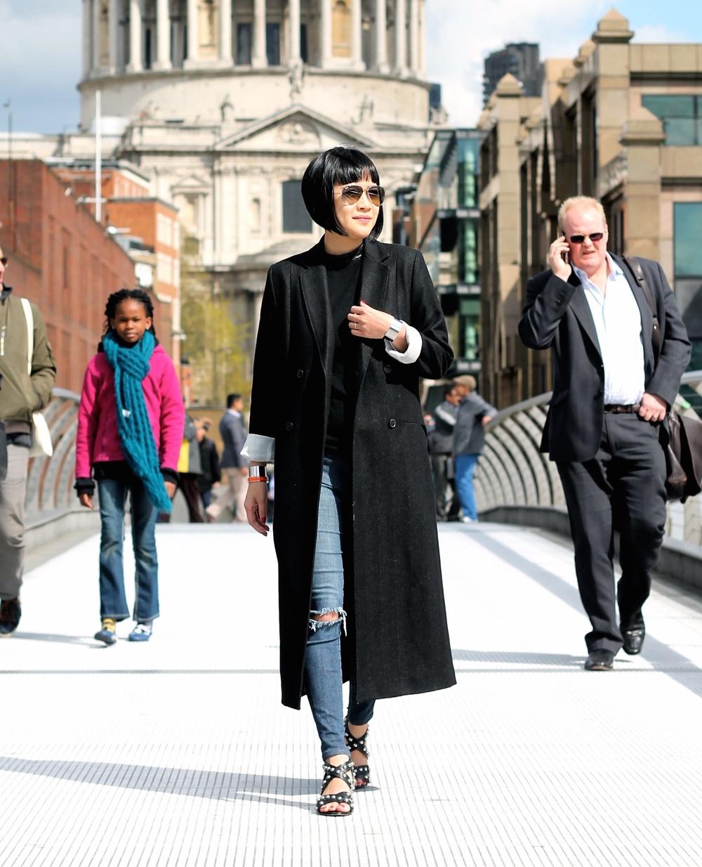 Whyred coat, Club Monaco sweater, Joe's Jeans, Isa Tapia shoes, Ray Ban sunglasses