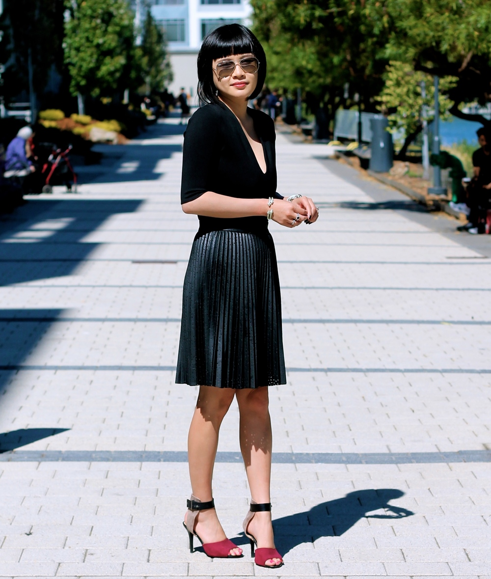 Aritzia top, Club Monaco skirt, Zara shoes, Ray-Ban sunglasses