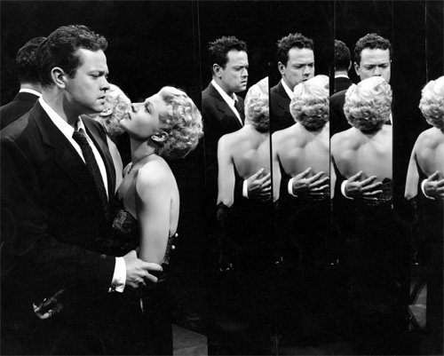 "Orson Welles and Rita Hayworth in ""The Lady from Shanghai"""