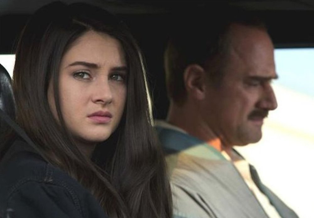 "Shailene Woodley and Christopher Meloni in ""White Bird in a Blizzard"""
