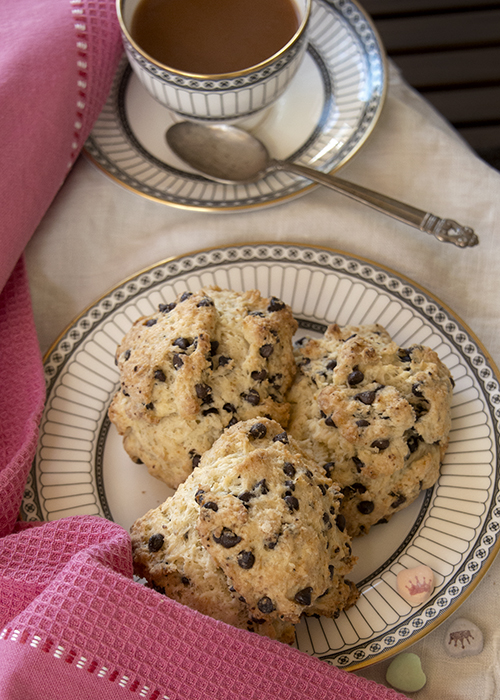 Chocolate Chip Scones and PG tips tea
