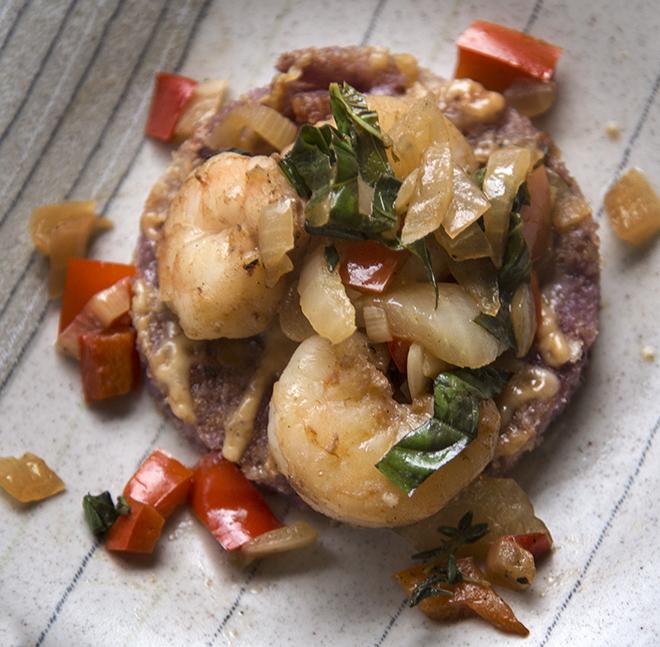Shrimp, veggies and cheese grit cake