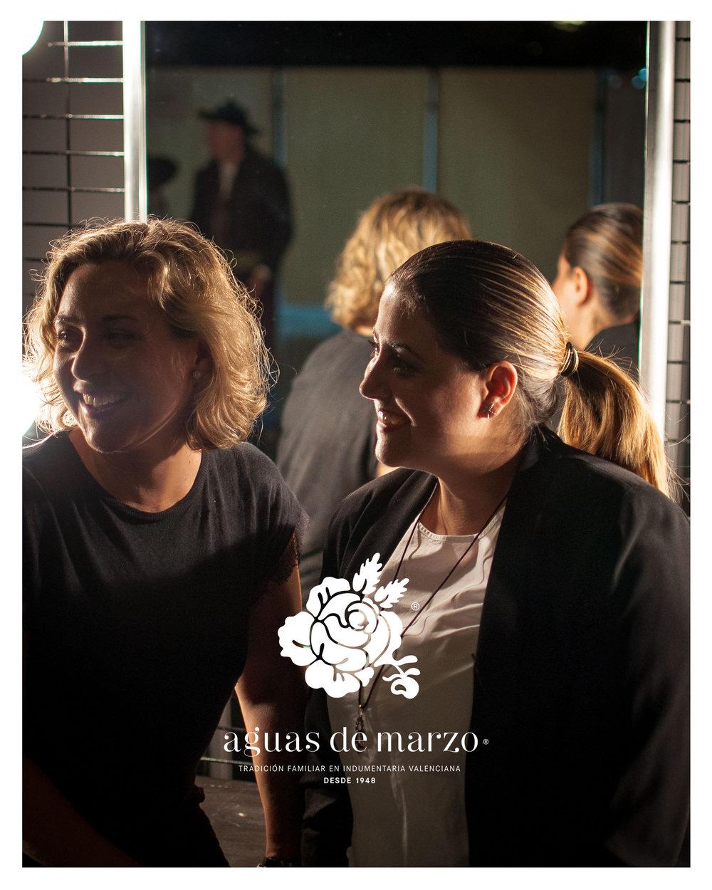 En la imagen, de izquierda a derecha, María y Fátima Aguas, indumentaristas y fundadoras de Aguas de Marzo indumentaria.