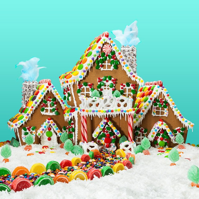 FOR SALE: 5BR/3BA   #gingerbread   house with beautifully frosted floors and  #candy-covered   walkway.
