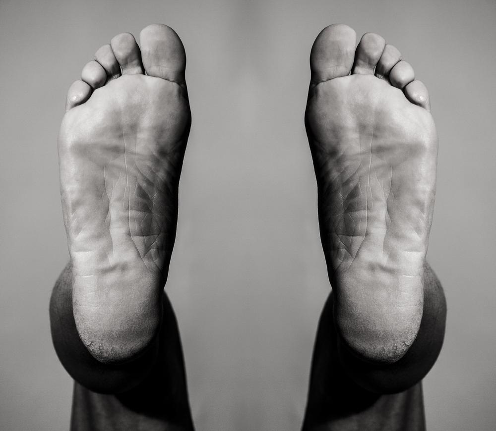 FOOT-01C.jpg