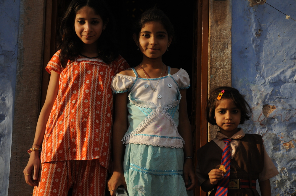 Sisters in Doorway, Jodhpur, India
