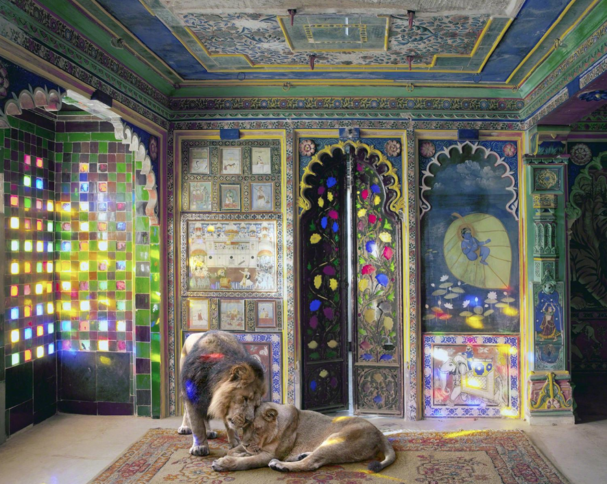 ® Karen Knorr - India Song