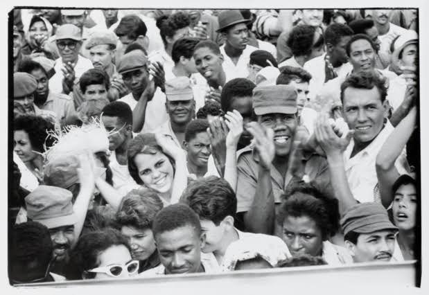 Agnès Varda, Cuba [La Havane, le 2 janvier 1963, rassemblement à l'occasion du quatrième anniversaire de la révolution cubaine], 1963