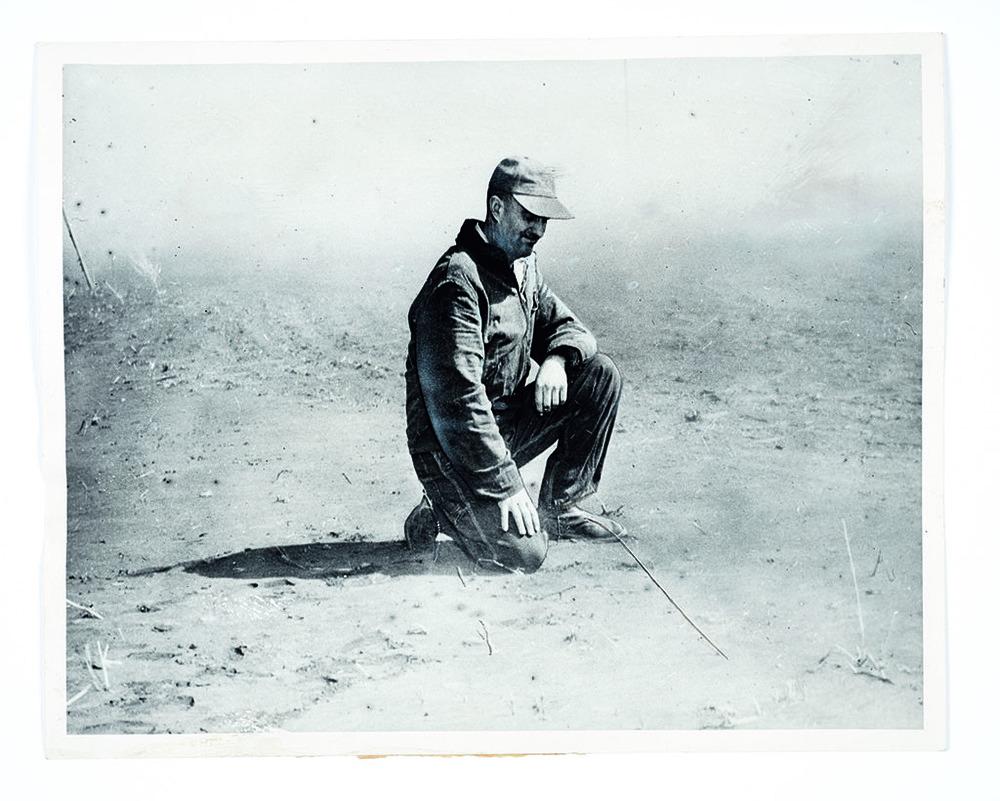 ©Robert Burley. Tempête de poussière au Kansas, 1935. Photographie de presse