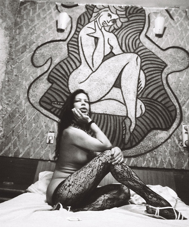 Iris Della Rocca, sans titre, Rio, Lapa, 2013 Tirage argentique sur papier baryte — Edition de 5 Courtesy of the artist & Maëlle Galerie, Paris