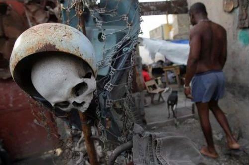 Haïti, dans l'atelier d'Artistes Résistants