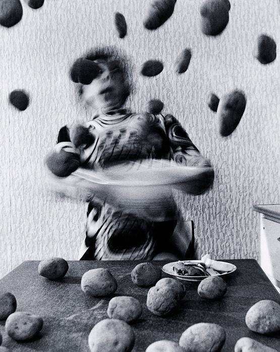 Anna et Bernhard Blume Küchenkoller, cuisine en folie, 1985 Courtesy Galerie Françoise Paviot