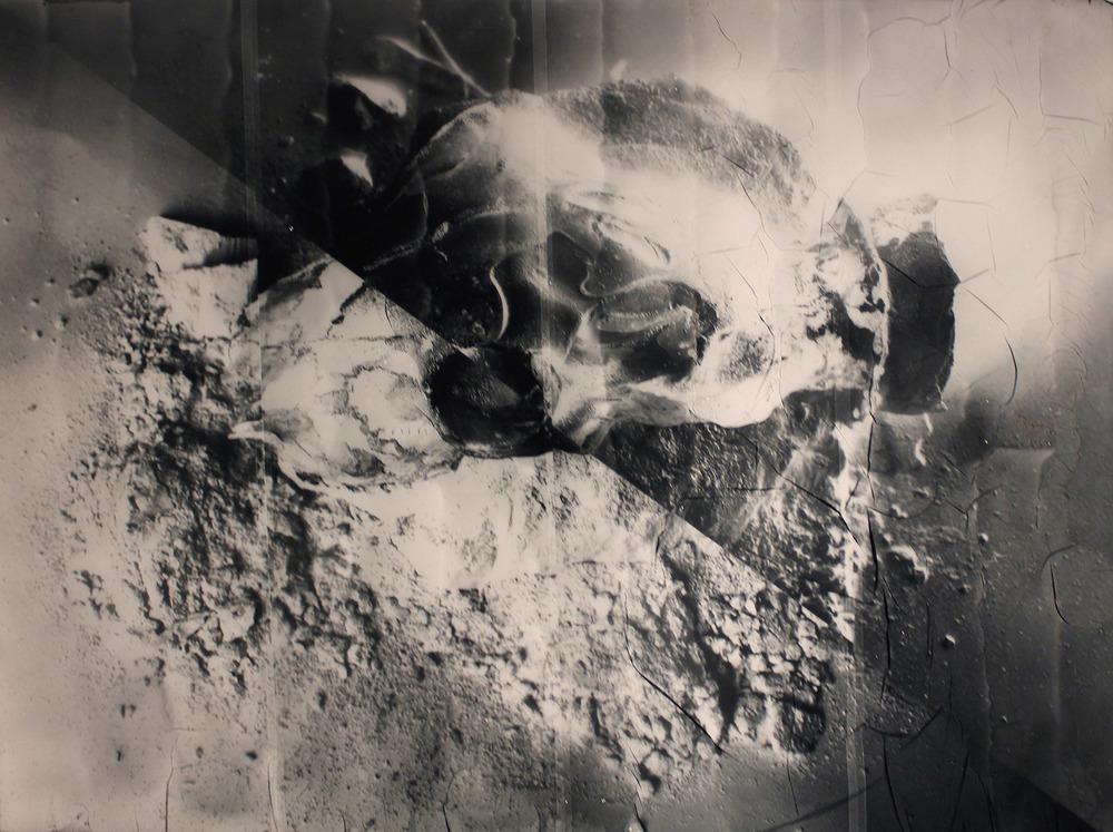 Pia Rondé & Fabien Saleil, Humeur vitrée, 2016 Photographie argentique sur verre céramique — 60 ×80 cm — Pièce unique Courtesy of the artist & Galerie Escougnou-Cetraro, Paris
