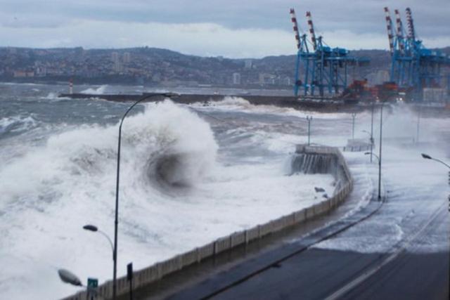 Tempête à Valparaiso en 2011