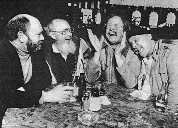 Curt Gentry, Don Carpenter, Richard Brautigan, et Enrico chez Enrico's.