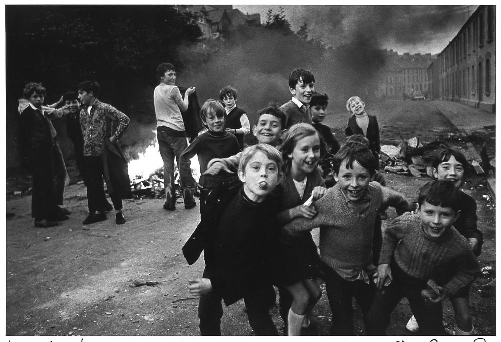 Londonderry kids @ Christine Spengler Irlande du Nord, Londonderry, 1972