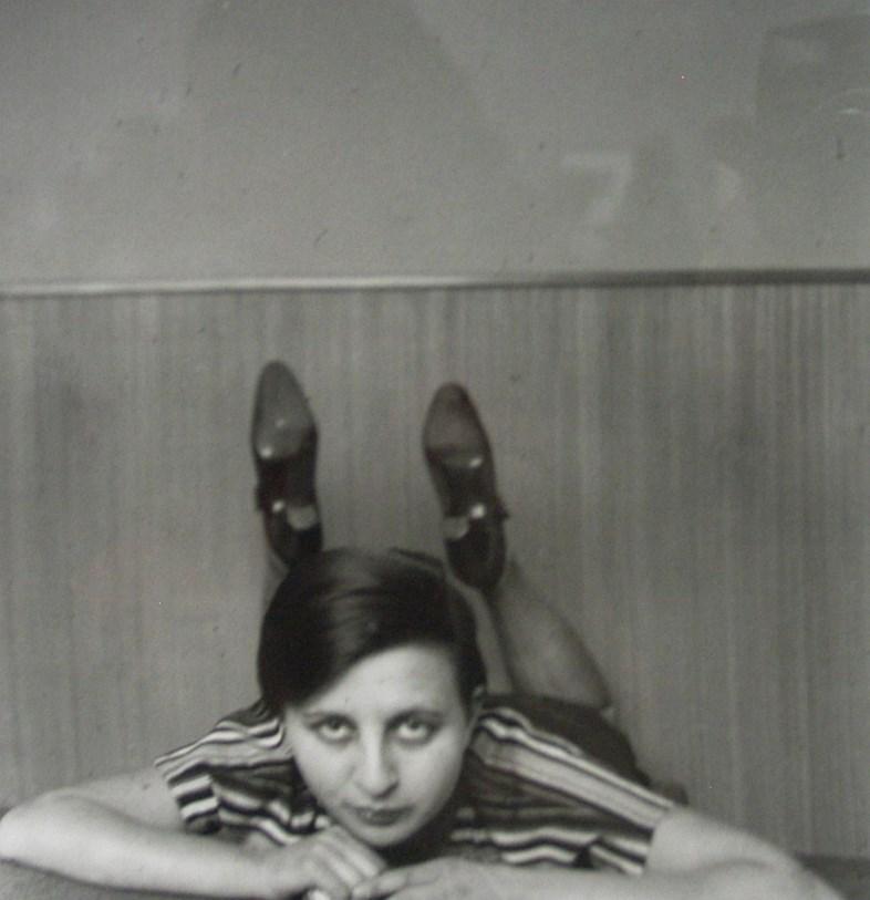 Gertrud Arndt, Autoportrait dans l'atelier, Bauhaus Dessau, c.1926 © Bauhaus-Archiv Berlin / ADAGP, Paris 2015