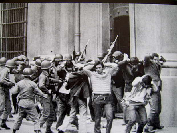 Chili, détenus à la Moneda