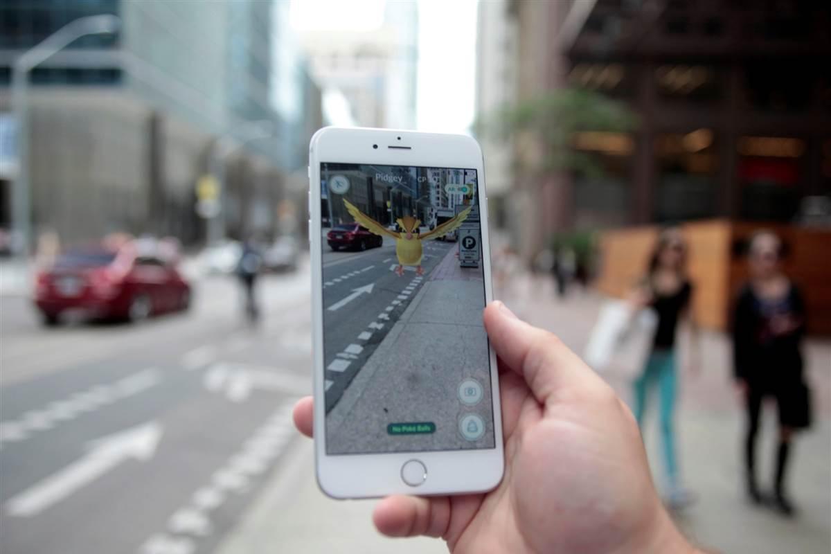 Au lieu de chasser le Pokemon, aidez le DAL à identifier des immeubles vacants pour reloger des familles expulsées de chez elles