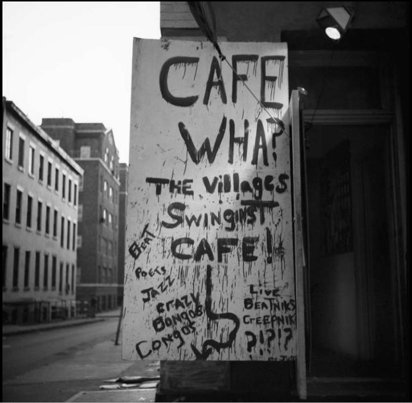 Entrée du Café Wha?