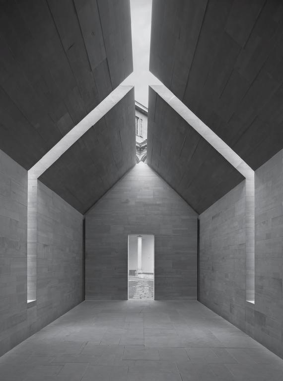 Stone House  / Interni Think Tank, Milan, Italy, 2010 by John Pawson. Courtesy John Pawson