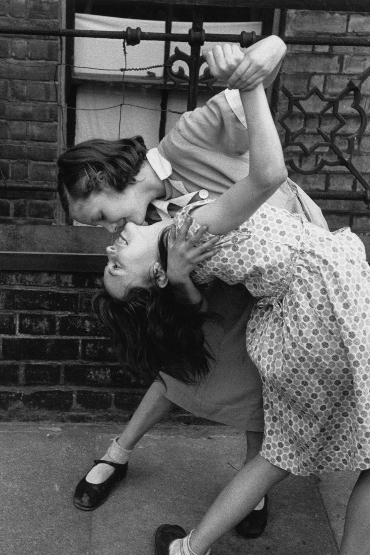Tango in the East End 1954, une photo de Thurston Hopkins