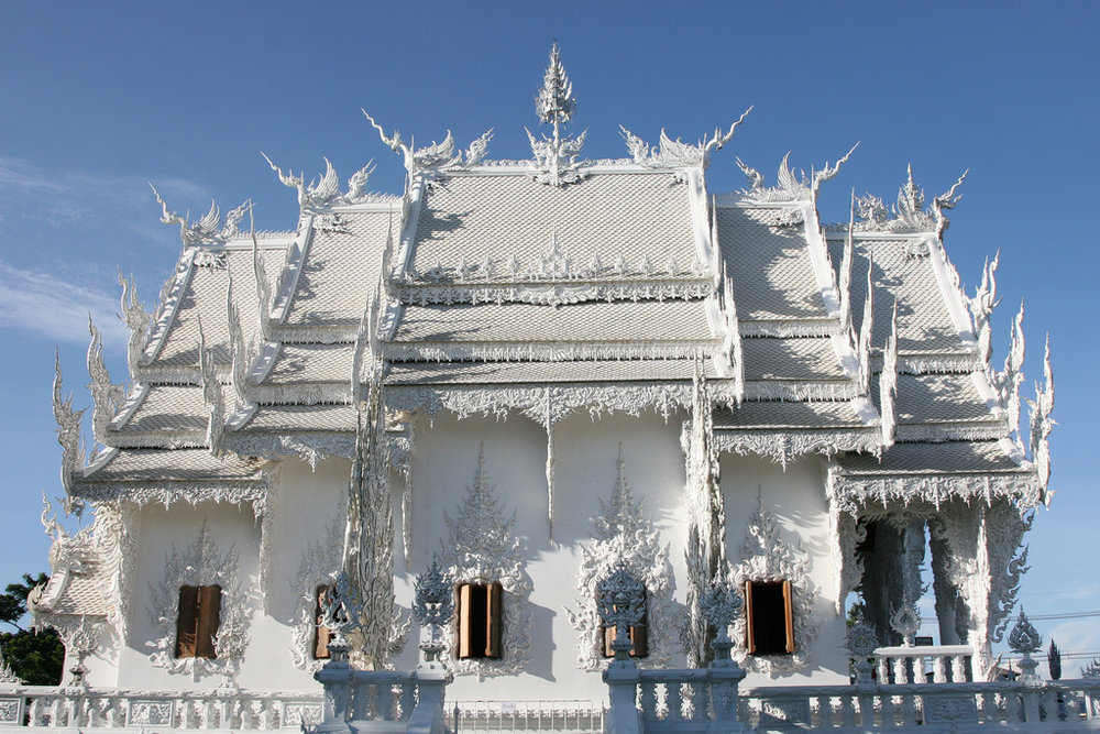 Wat-Rong-Khun-le-temple-blanc-16.jpg