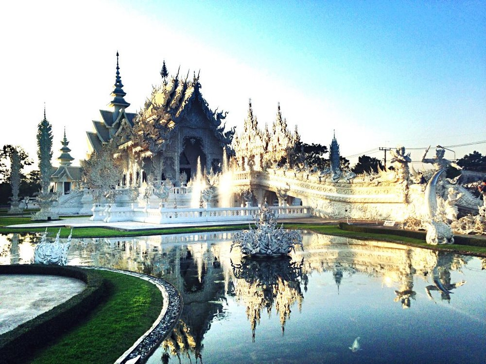 Wat-Rong-Khun-le-temple-blanc-19.jpg