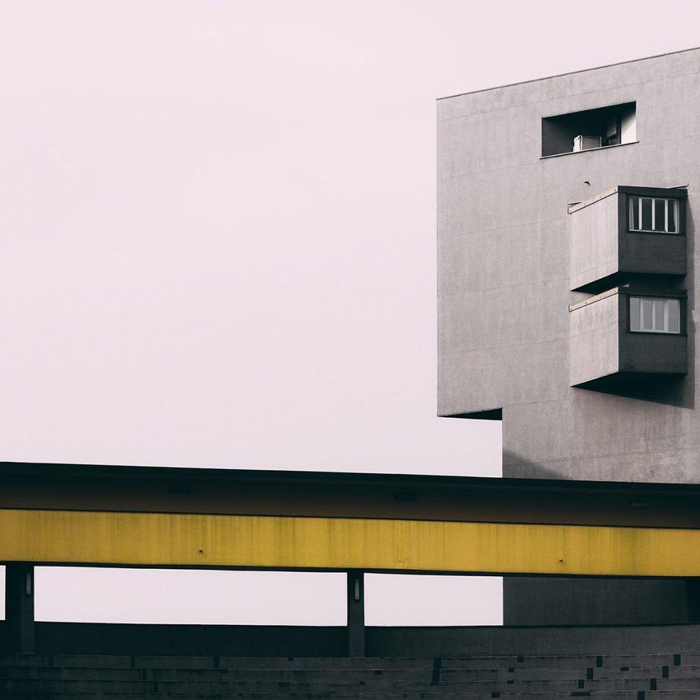 Quartier Gallaratese . Architectes Aldo Rossi et Carlo Aymonino