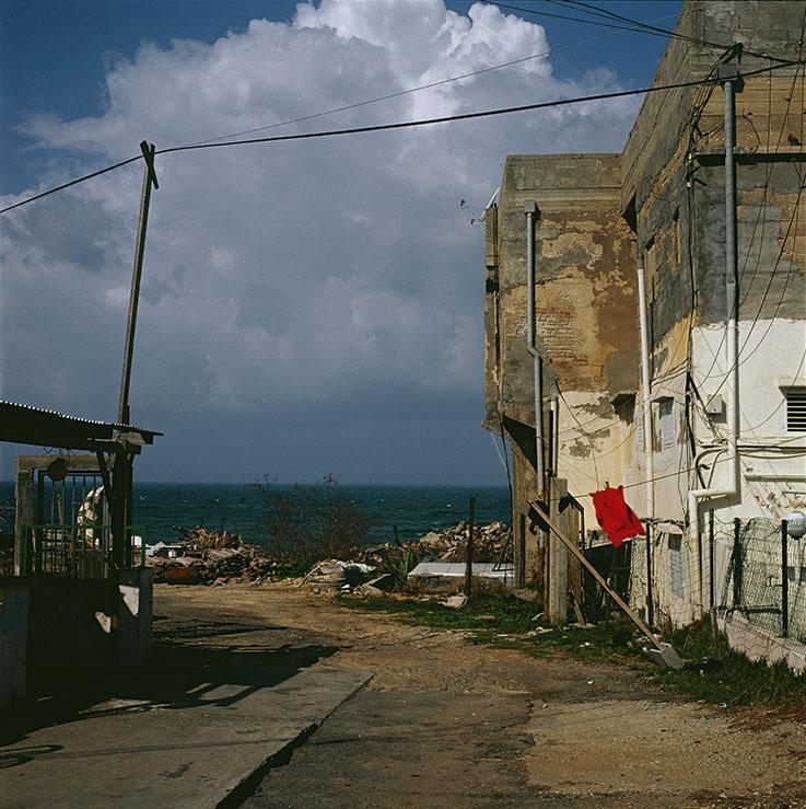 ©Didier Ben Loulou, SUD,  Jaffa, quartier Ajam i, 2002