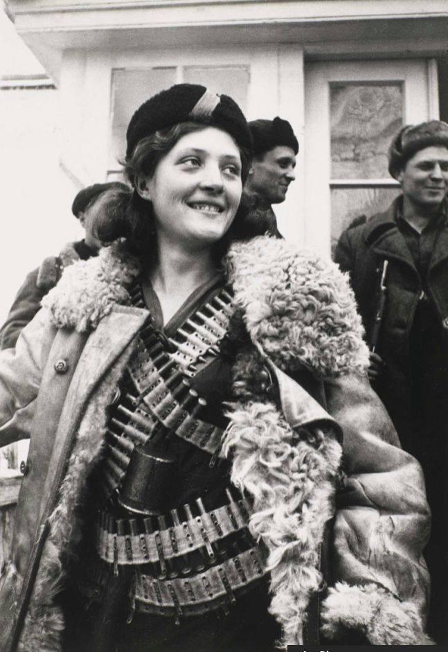 Arkady Shaikhet : Partisan Girl, 1942