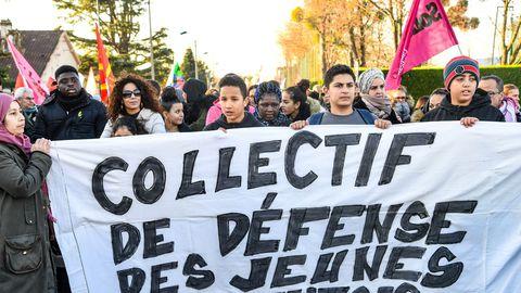 Le Collectif de défense des jeunes de Mantes-la-Jolie