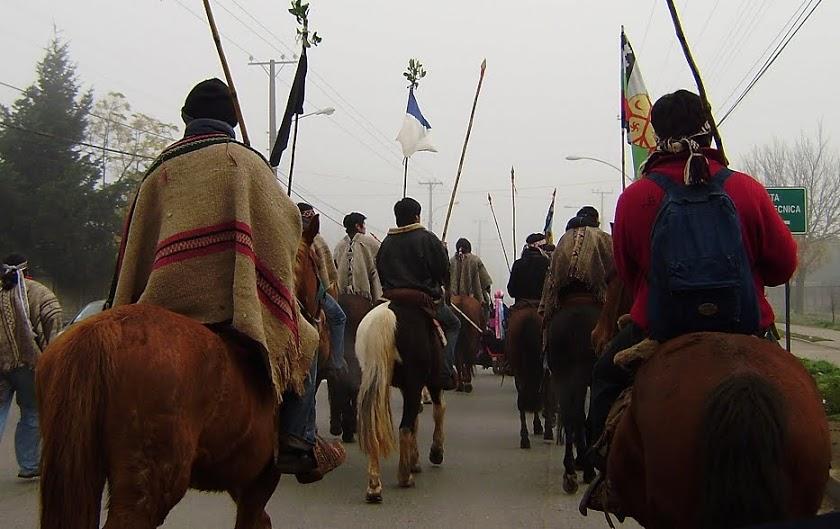 Chili : visite à des prisonniers politiques mapuches -